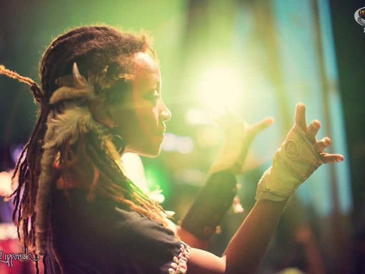 Aurora Amina Dancing Demo